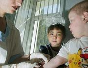 Отказы лечить детей принимают массовый характер