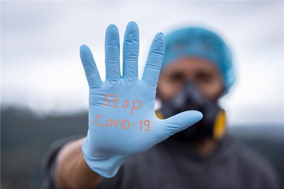 20% российских НКО организовали впериод пандемии помощь больницам инуждающимся людям
