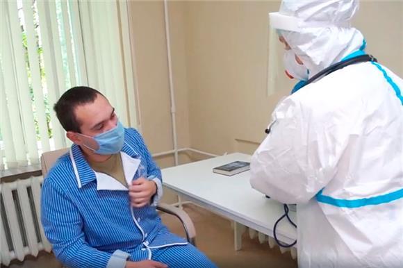 Добровольцы– участники испытаний отечественной вакцины откоронавируса чувствуют себя хорошо