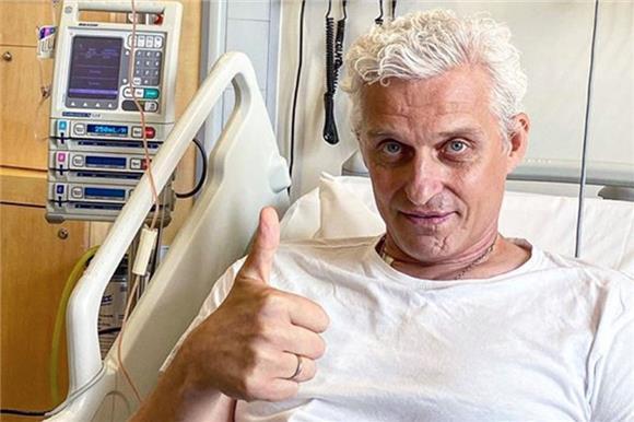 Олег Тиньков объявил осоздании фонда помощи больным раком крови