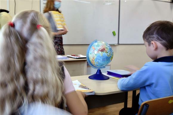 Школьники и их родители помогли троим ребятишкам Русфонда в ходе акции «Учитель помощи»