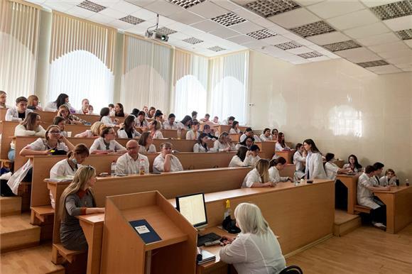 33студента медколледжа вМагнитогорске сдали образцы эпителия для вступления вНациональный регистр