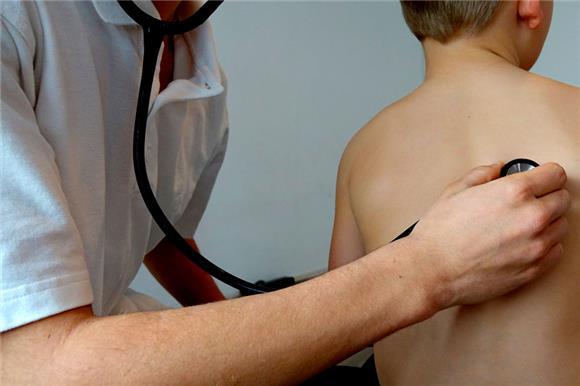 ВТБ предложил своим клиентам бесплатную программу «Детское онкострахование» ивключил внее оплату трансплантации костного мозга ипоиска донора