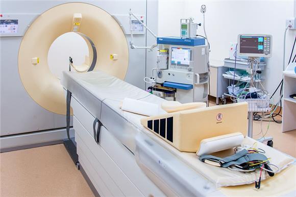 Минздрав предложил разрешить онкопациентам ввозрасте до21года продолжать лечиться вдетских онкологических клиниках