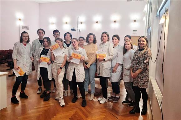 ВПетербурге вНациональный РДКМ вступают сотрудники «Инвитро» истуденты Медицинского колледжа имени Бехтерева