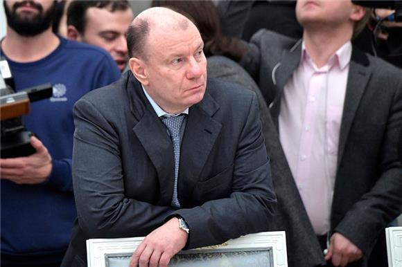 Бизнесмен ифилантроп ВладимирПотанин рассказал, зачемегофонду эндаумент