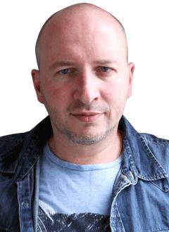 Артем Костюковский