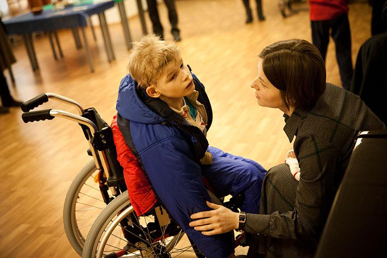 За Оленьку все в Домике переживали больше всего: в прежнем интернате она всегда была с зафиксированными руками и по три месяца проводила в психиатрической больнице