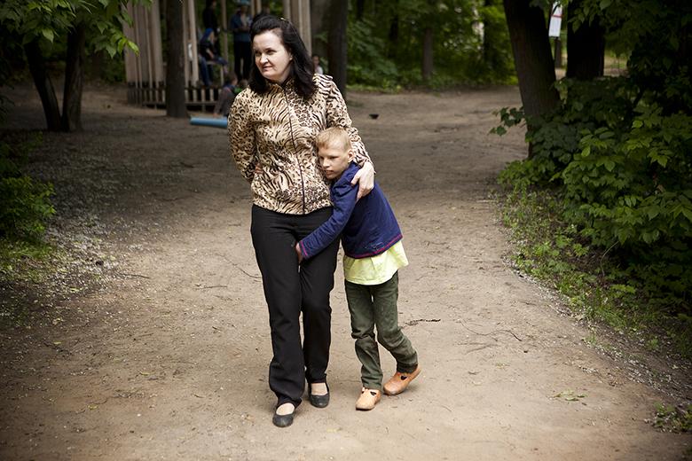 3. Совсем не у любого взрослого получается найти общий язык с ребенком, который не говорит