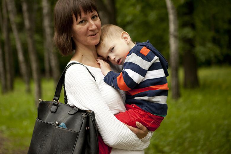 9. Кирюша со своей любимой воспитательницей Верой Сидориной