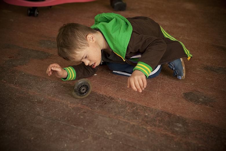 8. Обнаружить, что колесо катится, на самом деле очень важно, даже если это открытие происходит в 15 лет