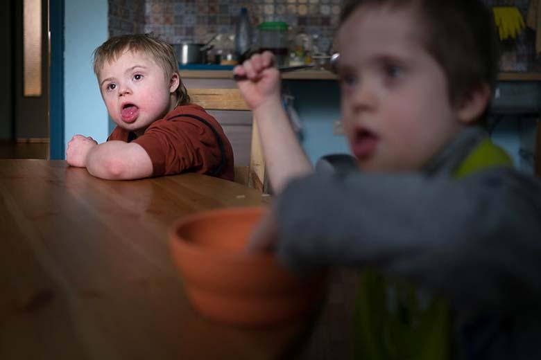 2. За полтора года жизни в Домике все дети научились самостоятельно есть