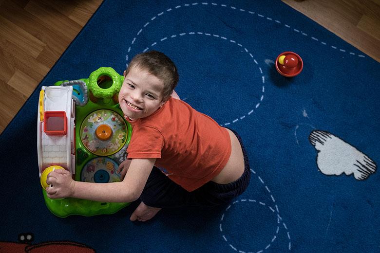 6. Раньше играть в игрушки в Домике никто не умел, теперь у каждого ребенка есть своя любимая игра или игрушка