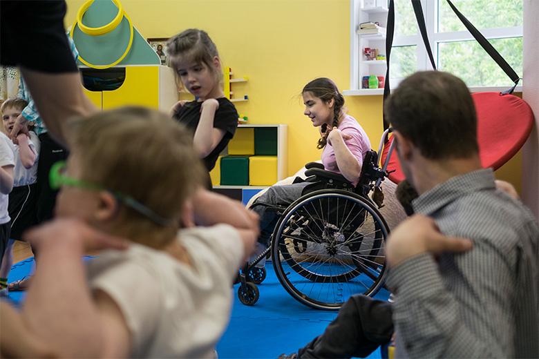 Разминка для всех – и для детей, и для воспитателей, и для волонтеров