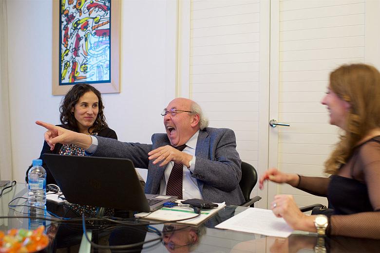 3. Фонд Хосе Каррераса, слева направо: Рут Баррио, Энрик Каррерас, Ольга Соловьева