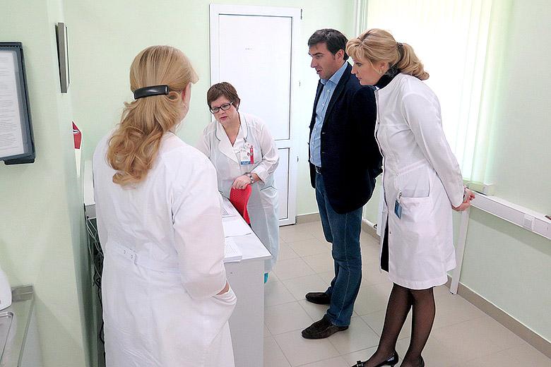 В лаборатории иммунологического типирования тканей