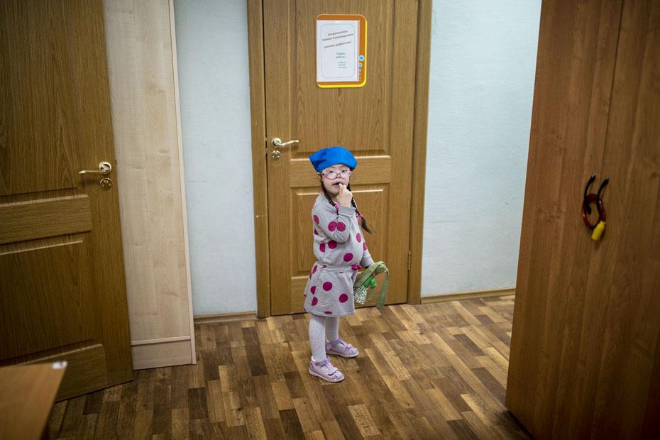 Даша еще не ходит в школу, но кружков и развивающих занятий у нее больше, чем у Алеши