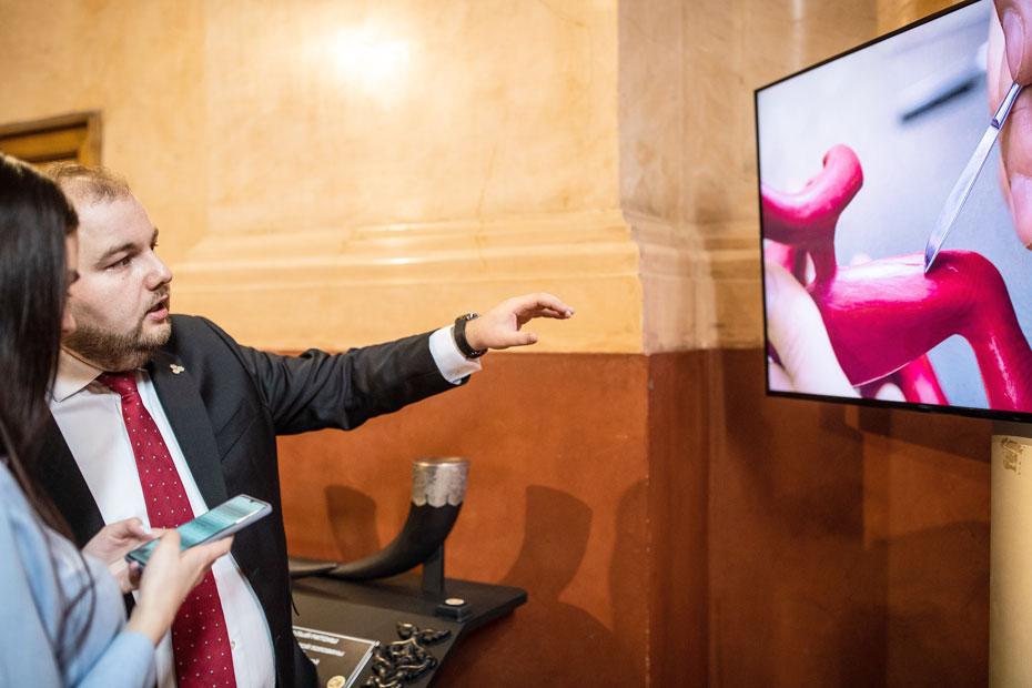 Гендиректор «Технологий возможностей» Иван Бирюков рассказывает, как создаются тактильные экспонаты